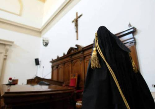 Vicenza, il tribunale funziona solo grazie a detenuti e alpini