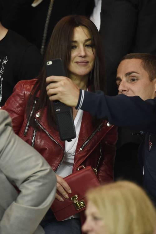Bellucci e Sarkozy allo stadio 9