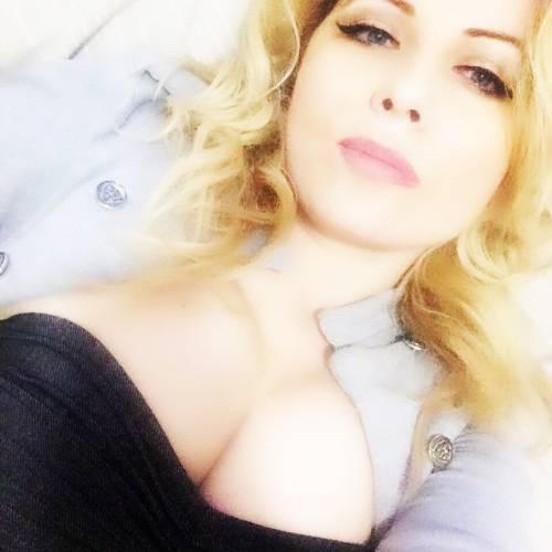 Lisa Fusco, bomba sexy su Instagram 15