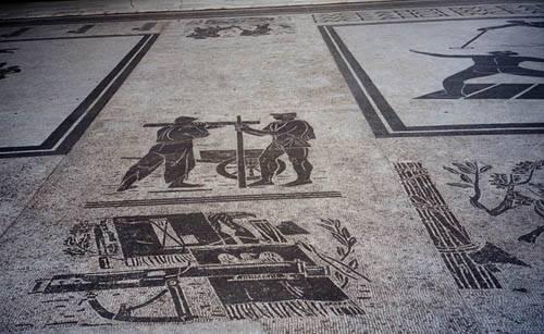 Foro Italico, Stadio dei Marmi: ecco i mosaici dedicati al Duce 6