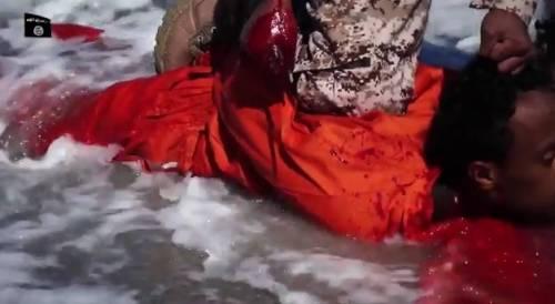 Così l'Isis massacra i cristiani 2