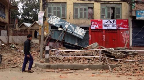 Un forte terremoto a Kathmandu 2