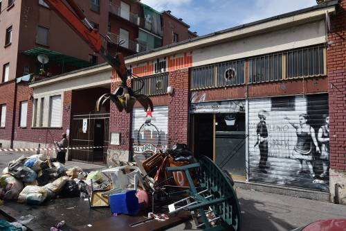 Milano sale la tensione sgombero appartamenti occupati for Milano appartamenti
