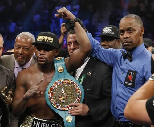 Floyd Mayweather ha sconfitto Manny Pacquiao 4