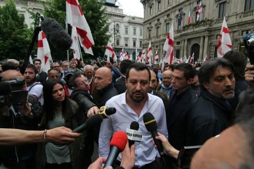 La Lega scende in piazza a Milano 6
