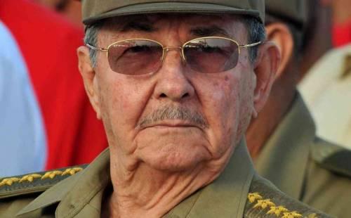 Raul Castro lascerà la presidenza ad aprile