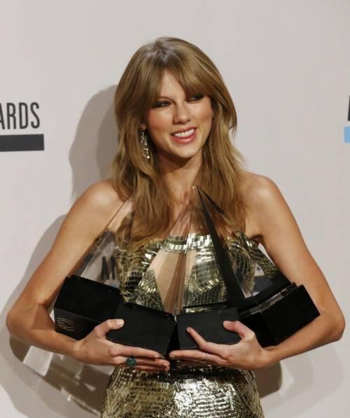 """Taylor Swift in Italia, petizione dei fan per il """"1989 World Tour"""" 10"""