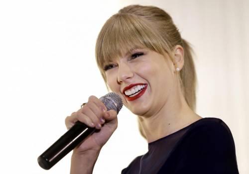 """Taylor Swift in Italia, petizione dei fan per il """"1989 World Tour"""" 20"""