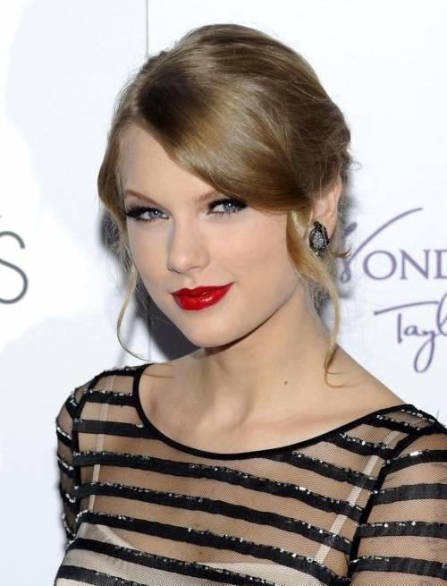 """Taylor Swift in Italia, petizione dei fan per il """"1989 World Tour"""" 21"""
