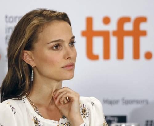 Natalie Portman e il marito Benjamin Millepied  27