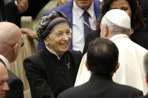 """""""Emma Bonino? Stia lontana dalla Chiesa"""""""