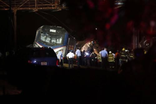 Lo schianto del treno a Philadelphia 2