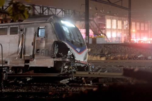 Lo schianto del treno a Philadelphia 6