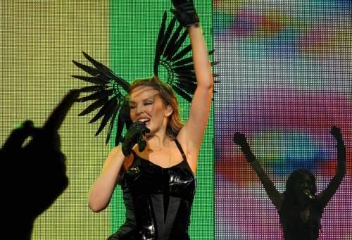 Kylie Minogue, la sexy principessa del pop 7