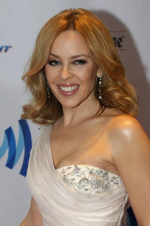 Kylie Minogue, la sexy principessa del pop 8