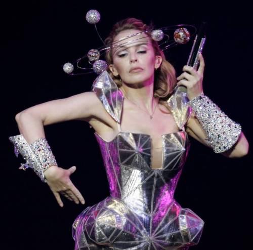 Kylie Minogue, la sexy principessa del pop 11