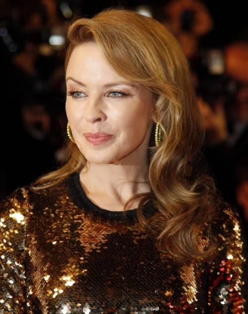 Kylie Minogue, la sexy principessa del pop 16