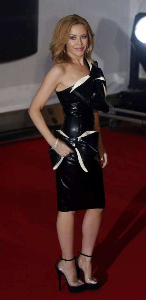 Kylie Minogue, la sexy principessa del pop 18
