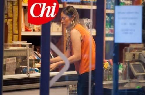 Maria Elena Boschi paparazzata al supermarket