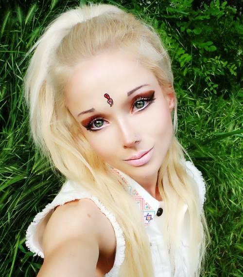 Valeria Lukyanova, la Barbie umana 6