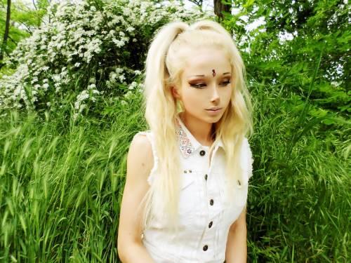 Valeria Lukyanova, la Barbie umana 9
