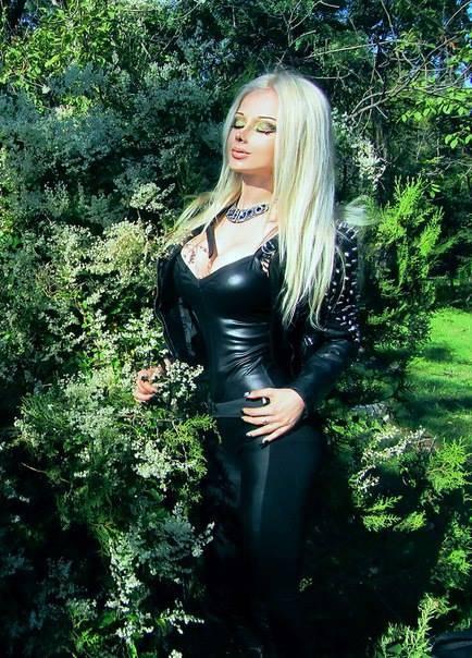 Valeria Lukyanova, la Barbie umana 34