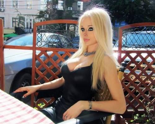 Valeria Lukyanova, la Barbie umana 43