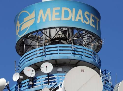 """Mediaset Premium sfida Sky: """"Pronti a prendere i loro clienti"""""""