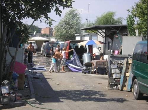 I rom vogliono prendersi i profughi nei campi nomadi