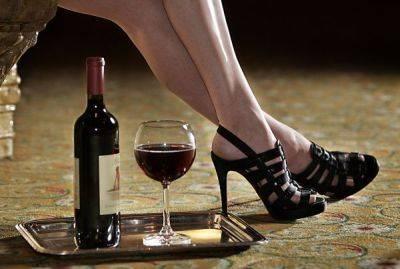 Anche il vino può essere sexy: ecco tutte le etichette osè