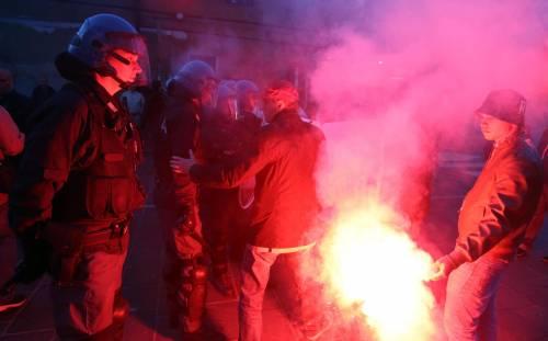 Segrate, Salvini attaccato dagli antagonisti 4