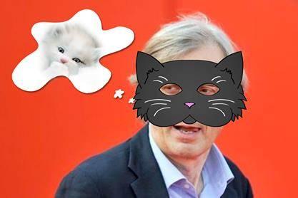 Vittorio Sgarbi invaso da immagini di gatti 4