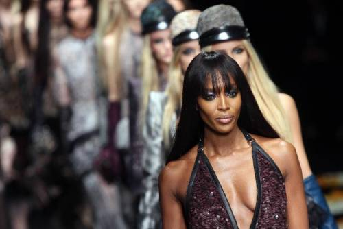 Naomi Campbell, 45 anni da Venere Nera 30
