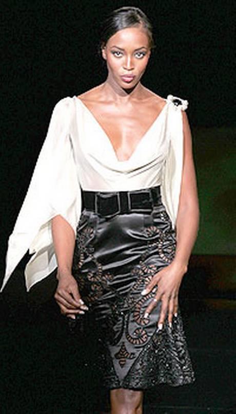 Naomi Campbell, 45 anni da Venere Nera 29