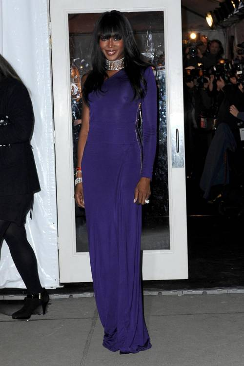 Naomi Campbell, 45 anni da Venere Nera 45