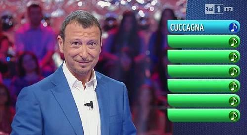 """Tradimento"" per Amadeus, la moglie in tv con Bonolis"