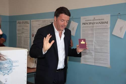 """Renzi rottamato all'estero """"È il primo grande colpo alla sua carriera politica"""""""