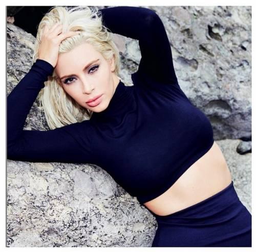 Kim Kardashian come Marilyn Monroe su Instagram 7