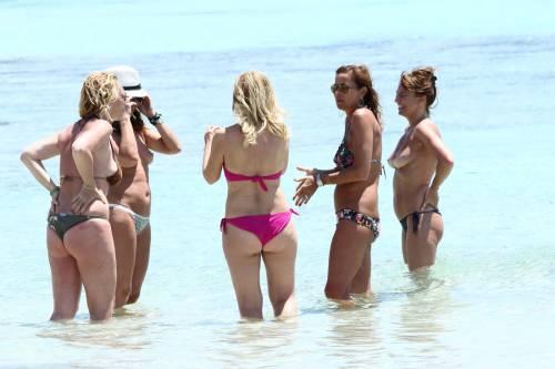 Il topless di Cristina Parodi a Formentera 4
