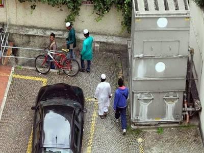 Quella moschea abusiva che Pisapia finge di non vedere