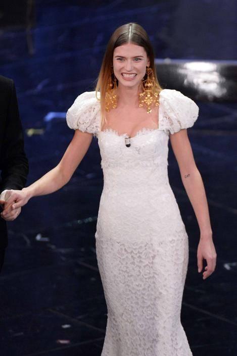 Bianca Balti, bellissima anche con le curve dopo il parto 24