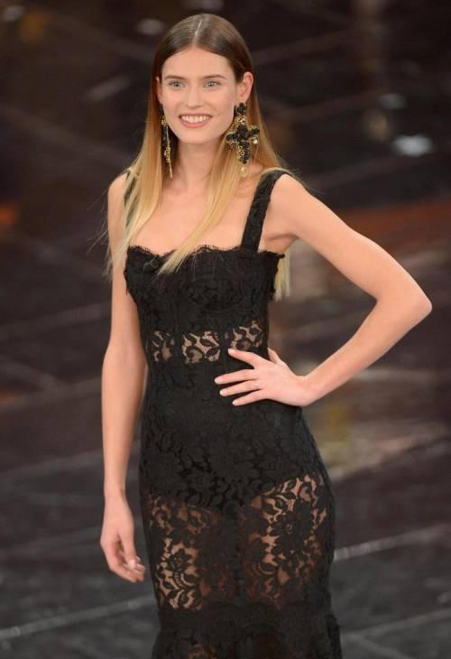 Bianca Balti, bellissima anche con le curve dopo il parto 32