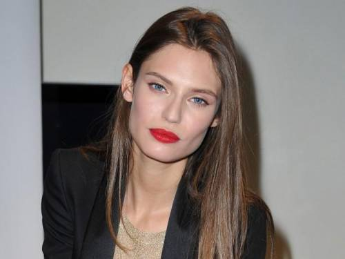 Bianca Balti, bellissima anche con le curve dopo il parto 38