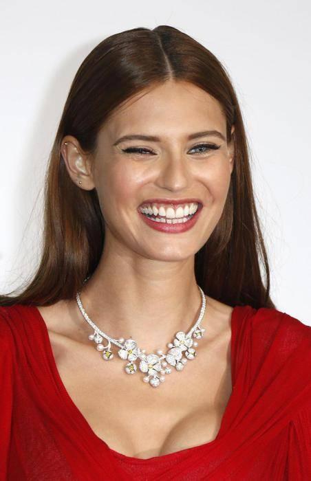 Bianca Balti, bellissima anche con le curve dopo il parto 34