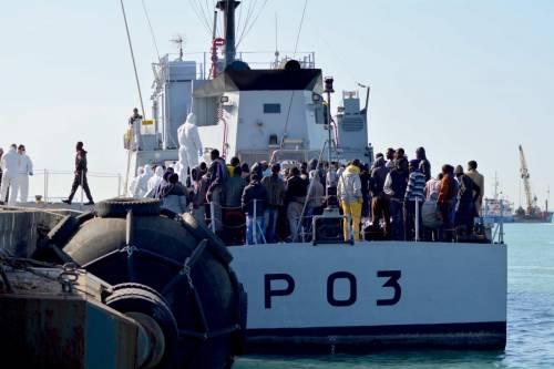 Immigrati, Frontex: record di arrivi, oltre 100mila a luglio