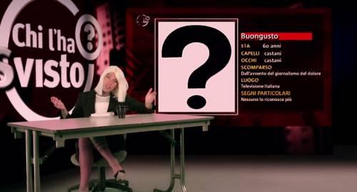 """Fedez, il video di """"Non c'è due senza trash"""" contro Barbara D'Urso 4"""