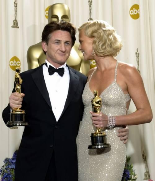 Charlize Theron e Sean Penn, fine di un amore 18