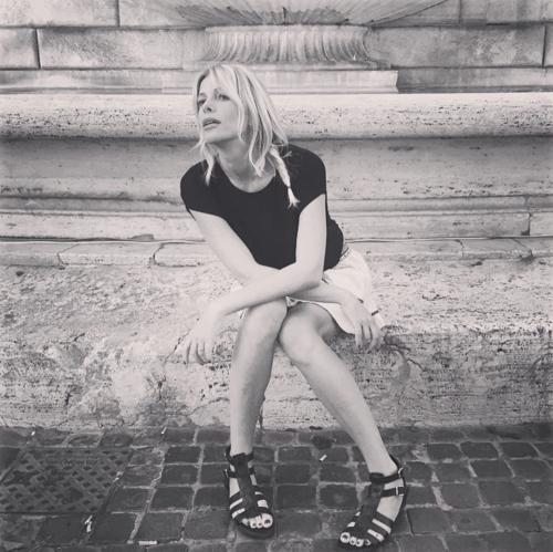 Alessia Marcuzzi bellezza esplosiva su Instagram 5