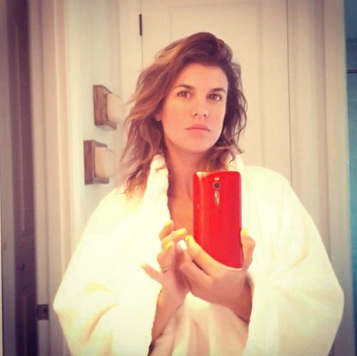 Elisabetta Canalis tra pubblico e privato su Instagram 4