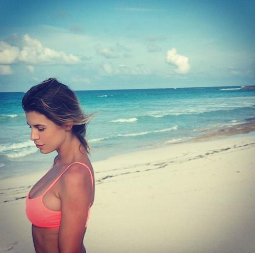 Elisabetta Canalis tra pubblico e privato su Instagram 5